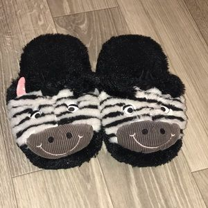Like New Zebra Slippers